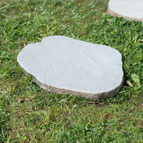 Japanese river stone stepping stones 50-55 cm x 5
