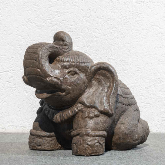 Antique brown seated Elephant statue 40 cm