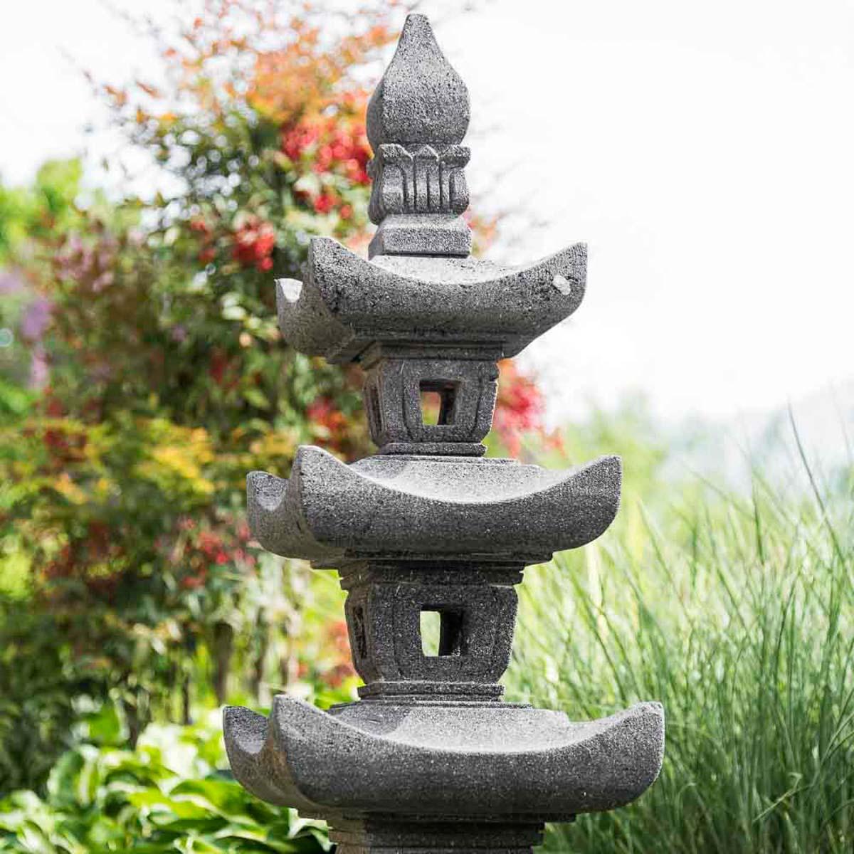 lava stone garden lamp natural h 110 cm. Black Bedroom Furniture Sets. Home Design Ideas